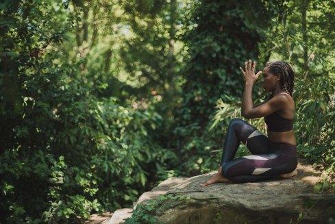 yoga forêt