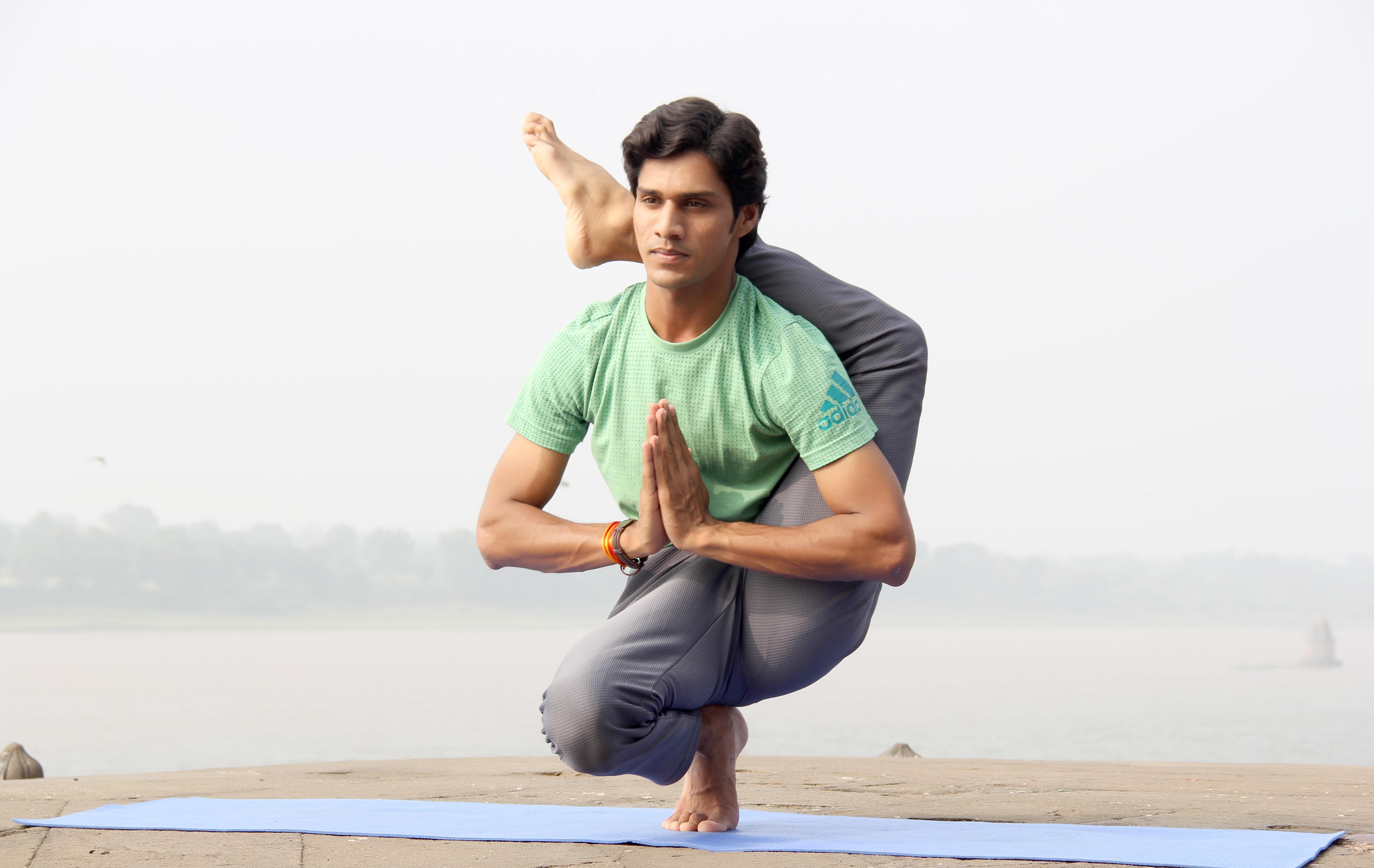 indian-yogi-yogi-madhav-740059-unsplash